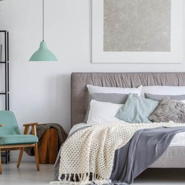 best mattresses for guest rooms