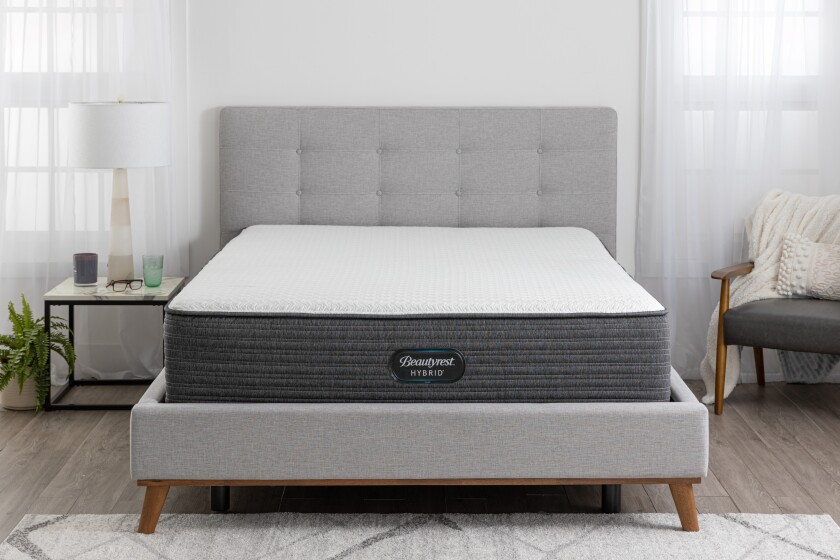"Beautyrest Hybrid 13.5"" Plush Mattress"