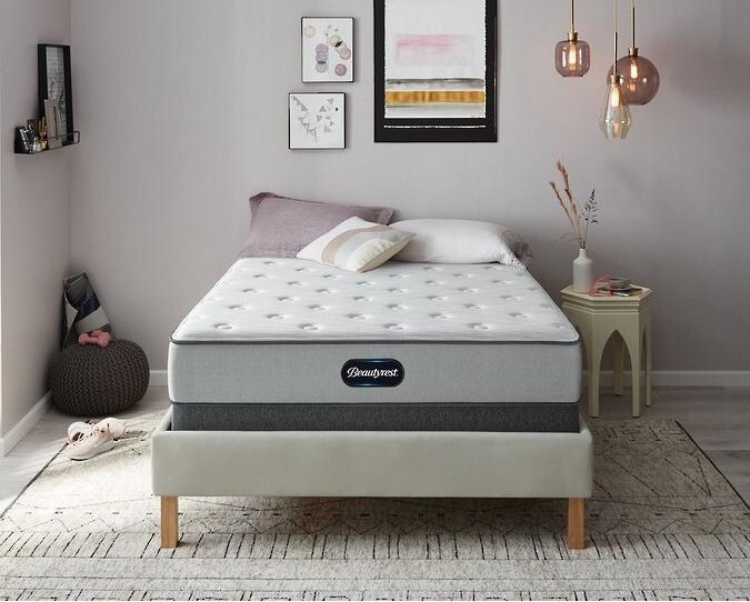 The Beautyrest BR800 innerspring mattress is great for kids