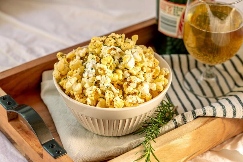 rosemary-parmesan-popcorn2.jpg